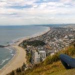 ニュージランド最大の海のリゾート地「タウランガ」でマウント・マンガヌイに登ってきた