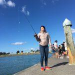 秒速で魚が釣れる?Tauranga の噂のスポットで魚釣りを堪能してきた。